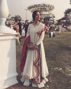 HappyShappy - India's Own Social Commerce Platform Indian Gowns, Indian Attire, Indian Ethnic Wear, Indian Outfits, Pakistan Street Style, Pakistani Wedding Outfits, Pakistani Dresses, Pakistani Couture, Pakistani Bridal
