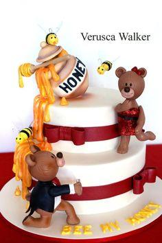 bear honey marry cake