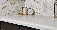 Arizona Tile Vanilla Quartz Slab has a natural quartz surface, color controlled quartz is blended together with technologically advanced polymers. Quartz Tiles, Quartz Slab, Quartz Countertops, Small Basement Bathroom, Bathroom Cost, Master Bathroom, Bathroom Ideas, Kitchen Backsplash, Backsplash Ideas