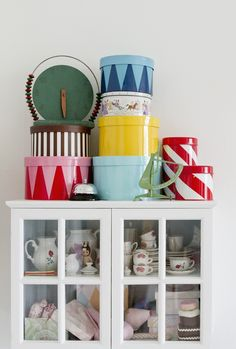 pretty painted tins for storage