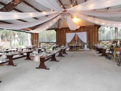 CYPRESS M RANCH, GORGEOUS SETTING, COUNTRY AND VINTAGE