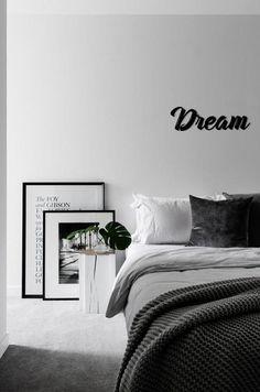 Prodigious Diy Ideas: Boho Minimalist Home Beds minimalist bedroom boho decor.Minimalist Bedroom Design Dressing Tables minimalist home interior rustic.Minimalist Bedroom Tips Black White. Minimalist Apartment, Minimalist Interior, Minimalist Decor, White Apartment, Minimalist Kitchen, Modern Minimalist, Minimalist Living, Apartment Interior, Apartment Design