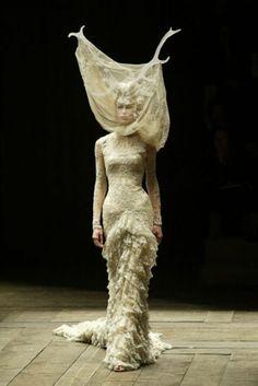 Alexander McQueen, Widows of Culloden, Autumn/Winter , 2006-2007