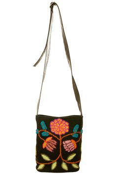 Flower power! http://www.stylehunter.com.au/eboutique/eboutique-product?product=floral-embroidered-bag=4459