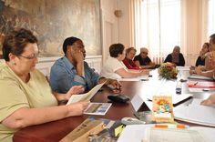 31 mai 2012 : Rencontre entre représentants du groupe d'habitants constitué autour du projet et l'équipe municipale (techniciens municipaux, équipe projet rénovation urbaine, élu de quartier).