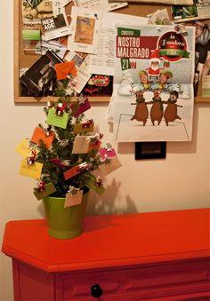Non avete ancora fatto l'#albero di #Natale?  Nessun problema,  noi di Artisignexplosion.com vi proponiamo un'#idea last minute...l'albero dei #desideri!