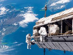 astronauts over NZ (w/ labels)