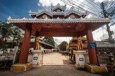 Wat Pha Kham