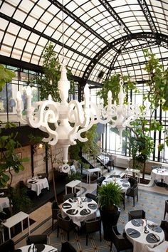 Use the information given here to make good roofing decisions *** For more tips, visit image link. Greenhouse Restaurant, Greenhouse Cafe, Terrace Restaurant, Hotel Restaurant, Restaurant Design, Chez Jules, Cool Roof, French Restaurants, French Bistro