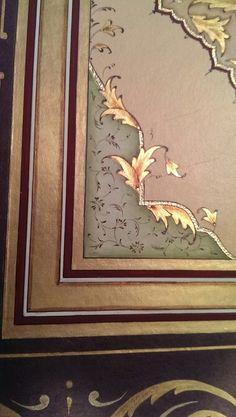 Son Hilye-i şerif calismamin köşe detayı Arabic Calligraphy Design, Illumination Art, Turkish Art, Metal Artwork, Illuminated Letters, Islamic Art, Art Techniques, Hand Lettering, Print Design