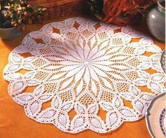 napperons ronds 18----several patterns for different doilies
