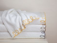 Loops Towels. A lush expanse of pure White cotton terry wraps you in the deep plushy feel of 600 grams per square meter with these super-absorbent #towels.  #BathLinen #SchweitzerLinen