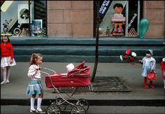 A child pushes her doll around in a red vinyl pram, History Of Photography, Documentary Photography, Color Photography, Film Photography, Street Photography, Magnum Photos, Colorful Pictures, Cool Pictures, Found Art