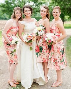 These bridesmaid dresses are amazing! You can never go wrong with floral print! And on 10.2.16 you can shop bridesmaid dresses right on our website! #wedspirelive [ Photography @maisonmeredith via @theperfectpalette ]