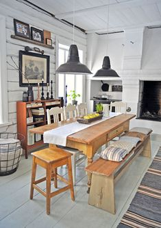Lunda Gard / Aja and Christian Lund {gray and white eclectic rustic vintage modern dining room} by recent settlers Painted Wooden Floors, Vintage Modern, Rustic Modern, Cottage Dining Rooms, Living Rooms, Modern Dining Table, Kitchen Dining, Dining Area, Dining Corner