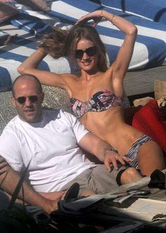 Rosie Huntington-Whiteley and Jason Statham Photo - Rosie Huntington-Whiteley at the Beach