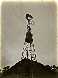 Old Alabama windmill.