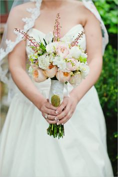 perfectly sized peach pink and white bouquet