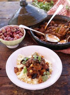 Beef Tagine | Beef Recipes | Jamie Oliver Recipes - schmeckt auch mit Steckrüben anstatt Kürbis!