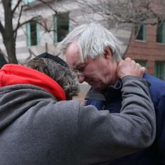 Dr. Jim O'Connell consults with a patient in downtown Boston. Photographer John Baynard has recently been shadowing Dr. O'Connell, documenting everything from his street work to the exam rooms.: dr-jimo-2-6-of-20.jpg