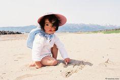 ericajoy-7070:  laurencephilomene:   川島小鳥 (写真家) / Kotori Kawashima  oh my god how is this child so adorable????  haha omg who stole my baby pixs