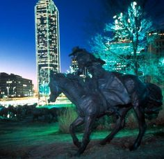 Free Things to Do in Dallas Cheap Things To Do, Free Things To Do, Stuff To Do, Fun Things, Dallas Attractions, Grapevine Texas, Hobby Town, Fun Hobbies, Vacation Spots