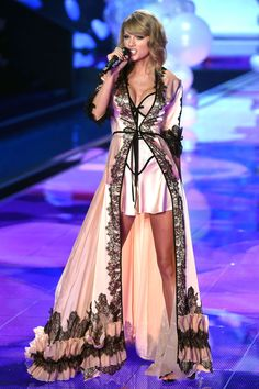 Taylor Swift performed at Victoria's Secret Fashion Show 2014 - Dec. 2 | Harper's Bazaar