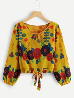 Shop Knot Hem Floral Print Blouse at ROMWE, discover more fashion styles online. Stylish Dress Designs, Designs For Dresses, Stylish Dresses, Short African Dresses, Latest African Fashion Dresses, African Print Fashion, Girls Fashion Clothes, Fashion Outfits, Blouse Designs