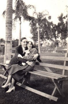 lovely 1940s photo...so sweet
