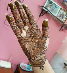 Latest Mehndi Designs Hands, Indian Henna Designs, Rose Mehndi Designs, Simple Arabic Mehndi Designs, Latest Bridal Mehndi Designs, Mehndi Designs 2018, Henna Art Designs, Mehndi Design Photos, Wedding Mehndi Designs