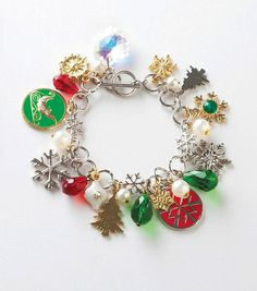 Make a festive bracelet to wear to a holiday party!  It also makes a great gift! #fabulouslyfestive