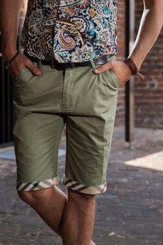 Mens Chino Pants, Chino Shorts, Men's Shorts, Smart Casual Men, Slim Fit Chinos, China, Shorts Online, Clothing Co, Sport Coat