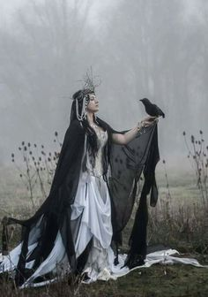 Costume, druidess, raven