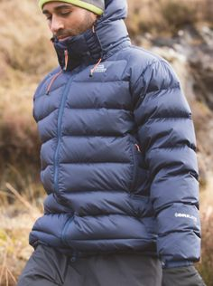 The Lightline Down Jacket from Mountain Equipment is a best seller for good reason - lightweight and highly technical, it provides warmth in the most freezing conditions in the world. Product Code: #092436