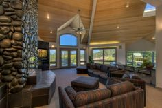 I liked this estate in Redding, California