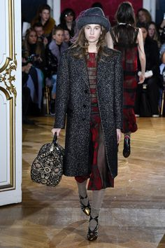 John Galliano Fall 2018 Ready-to-Wear Fashion Show Collection