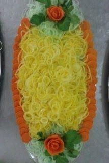 SALADA COLORIDA DE CEBOLA: Para fazer as cebolas coloridas procuro usar produtos naturais, como a água em que cozinhei a beterraba por exemp...