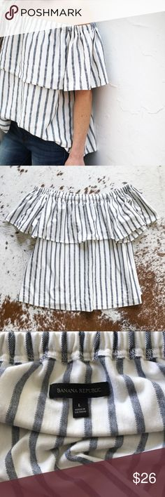 Banana republic striped off the shoulder top L Cute off the shoulder top from banana republic. Worn once and in excellent condition. Blue and white. Elastic at the top. Banana Republic Tops Blouses