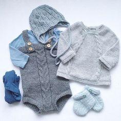 #instaknit#knitted#knitstagram#knittersofinstagram#ministil#ministrikk#wheat#faunalue#paelas#kalinkaromper#knapperbakgenser#babyknits#babystrikk#gudmorstrikk @egemeg2