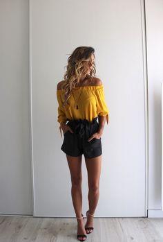 Dressing, Inspiration Mode, Casual Shorts, Shopping, Outfits, Women, Fashion, Women's Feminine Outfits, Yellow Top