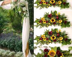 BellasBloomStudio Backdrop Decorations, Backdrops, Wedding Decorations, Wedding Ideas, Sunflower Bouquets, Dry Plants, Wedding Table Centerpieces, Simple Weddings, Fresh Flowers