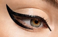 Google Image Result for http://photo-bugs.com/wp-content/uploads/2012/07/cat-eye-makeup.jpg