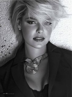 Katherine Heigl.  Tel me she is not perfection?!