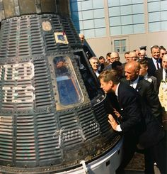 President John F. Kennedy Peers into Space Capsule at the Presentation Ceremony of NASA Distinguished Service Medal (DSM) to Astronaut and Colonel John Glenn, Jr. at Hangar 'S' at Cape Canaveral, Florida, John Glenn, John Kennedy, Service Medals, Presidential Libraries, Presidential History, Cape Canaveral, Space Race, Space Program, To Infinity And Beyond