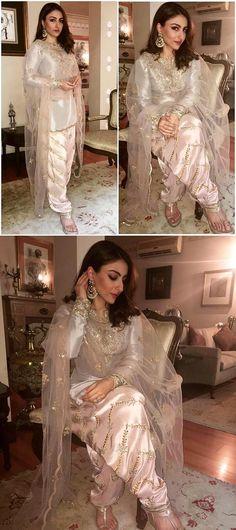 Buy Designer Sarees, Salwar Kameez Suits and Lehenga Online Pakistani Couture, Pakistani Dress Design, Pakistani Outfits, Indian Outfits, Pakistani Bridal, Bridal Lehenga, Indian Party Wear, Indian Wear, Ethnic Fashion