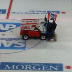 Adler Mannheim SAP Arena Zamboni