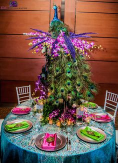 Peacock Table - South Asian wedding decor more inspiration at ModernRani.com