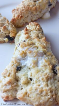 Super simple satisfying Oatmeal Raisin Scones are perfect for a cold Saturday morning!