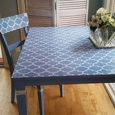 Did you know we have furniture stencils that are perfectly sized for tables, dressers, and more? @frenchpressftcollins adores how our Grenadine Moroccan Furniture Stencil looks on her table and chairs. So do we!! FREE Shipping offer with minimum purchase through tomorrow night! #royaldesignstudio