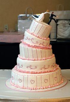 Love this one! Very creative wedding cake:-)